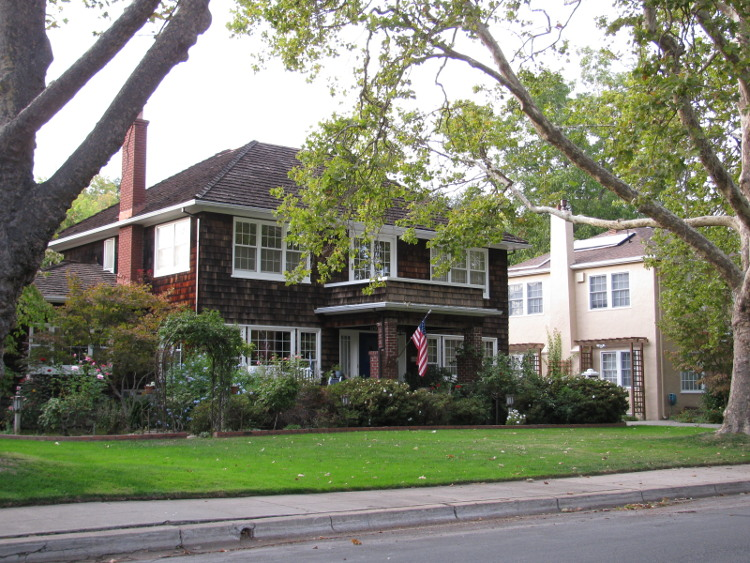 A house in the Fab 40's, part of the East Sacramento neighborhood in Sacramento.